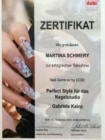 "Zertifikat: dobi Beauty Academy ""Perfect-Style Nagelstudio"""